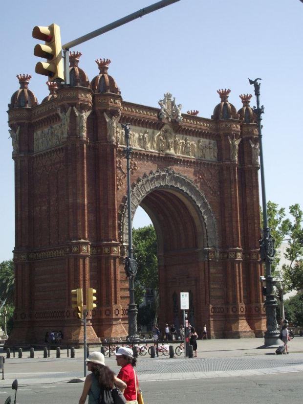 Arc de Triomph, Barcelona