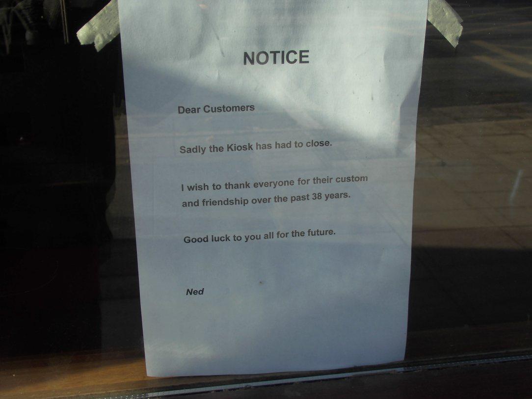 Coffee shop closes 2